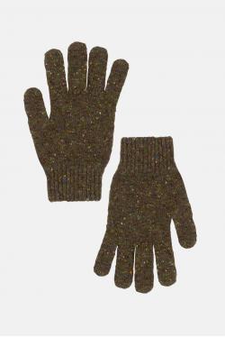 An Ivy Donegal Handsker