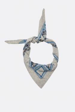 Lala Berlin Triangle Butterfly M Scarf