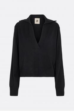 The Garment Nice Sweater